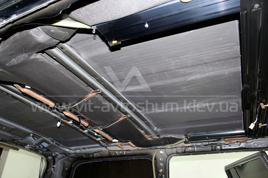 Шумоизоляция потолка Toyota Land Cruiser
