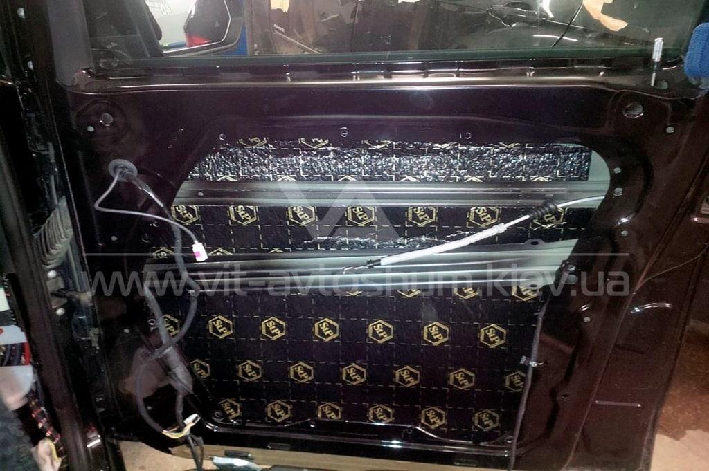 Виброизоляции двери Mercedes-Benz Vito